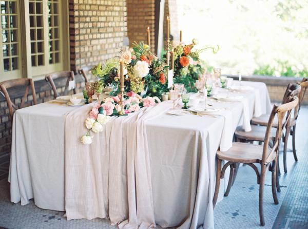 Elegant Autumn Color Wedding Table