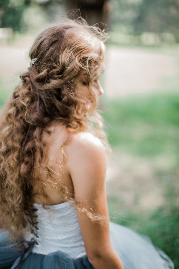 Bride in Blue Tulle Wedding Dress 20