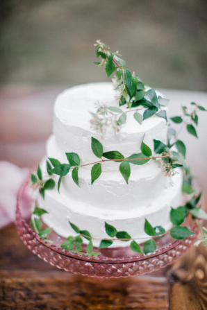 Cake with Ivy Accents