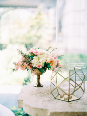 Gold and Blush Wedding Decorations