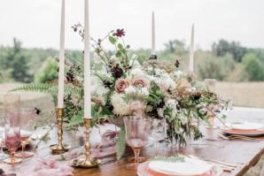 Ivory Mauve Gold Wedding Table