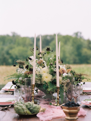 Mauve and Ivory Wedding Table