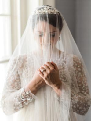 Romantic Vintage Bride Portrait