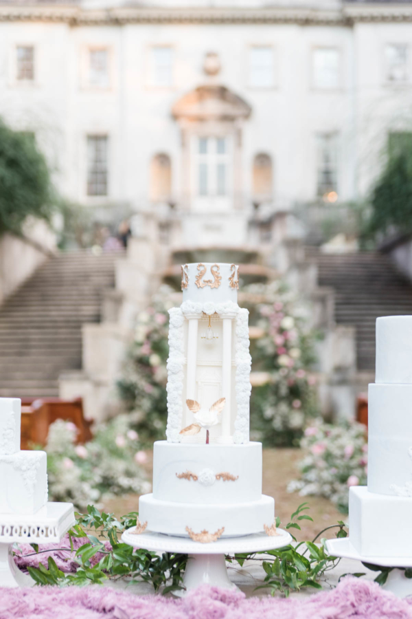 Dramatic Wedding Cake with Venue Details