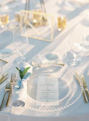 Clear Chargers for Wedding