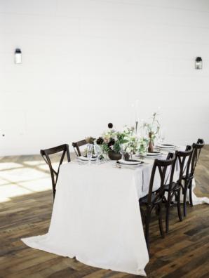 Modern Minimalist Ikebana Wedding Table