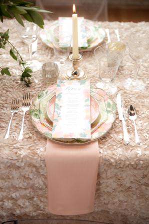 Blush and Peach Wedding Table