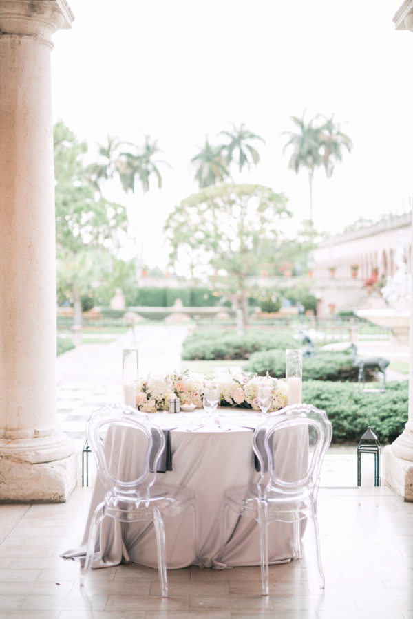 Sweetheart Table on Museum Portico