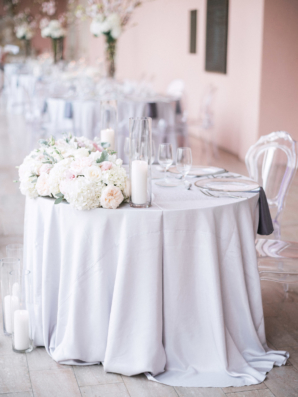 White and Lavender Sweetheart Table
