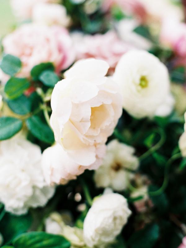Delicate Wedding Flowers