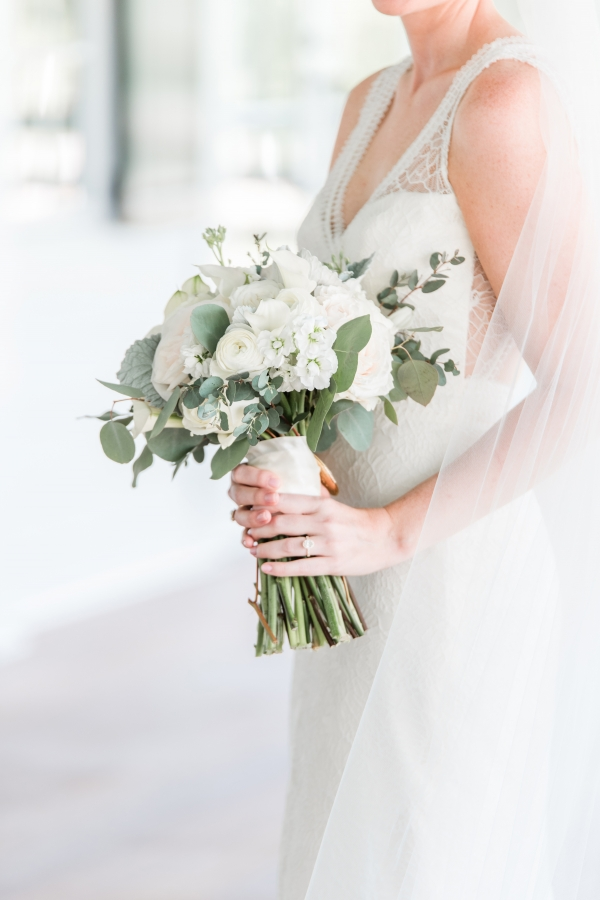 Bouquet of Ivory Flowers