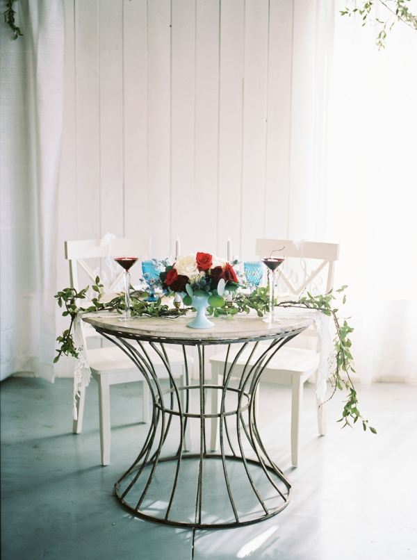 Rustic Sweetheart Table at Wedding