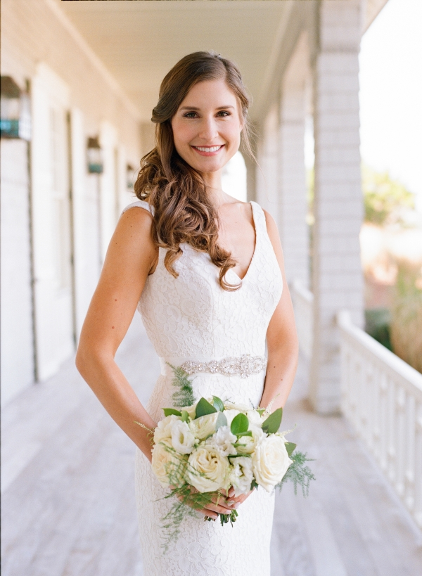 Bride with Chic Side Waves