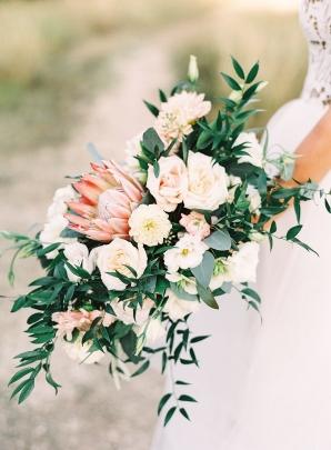 Elegant Bride Bouquet with Protea