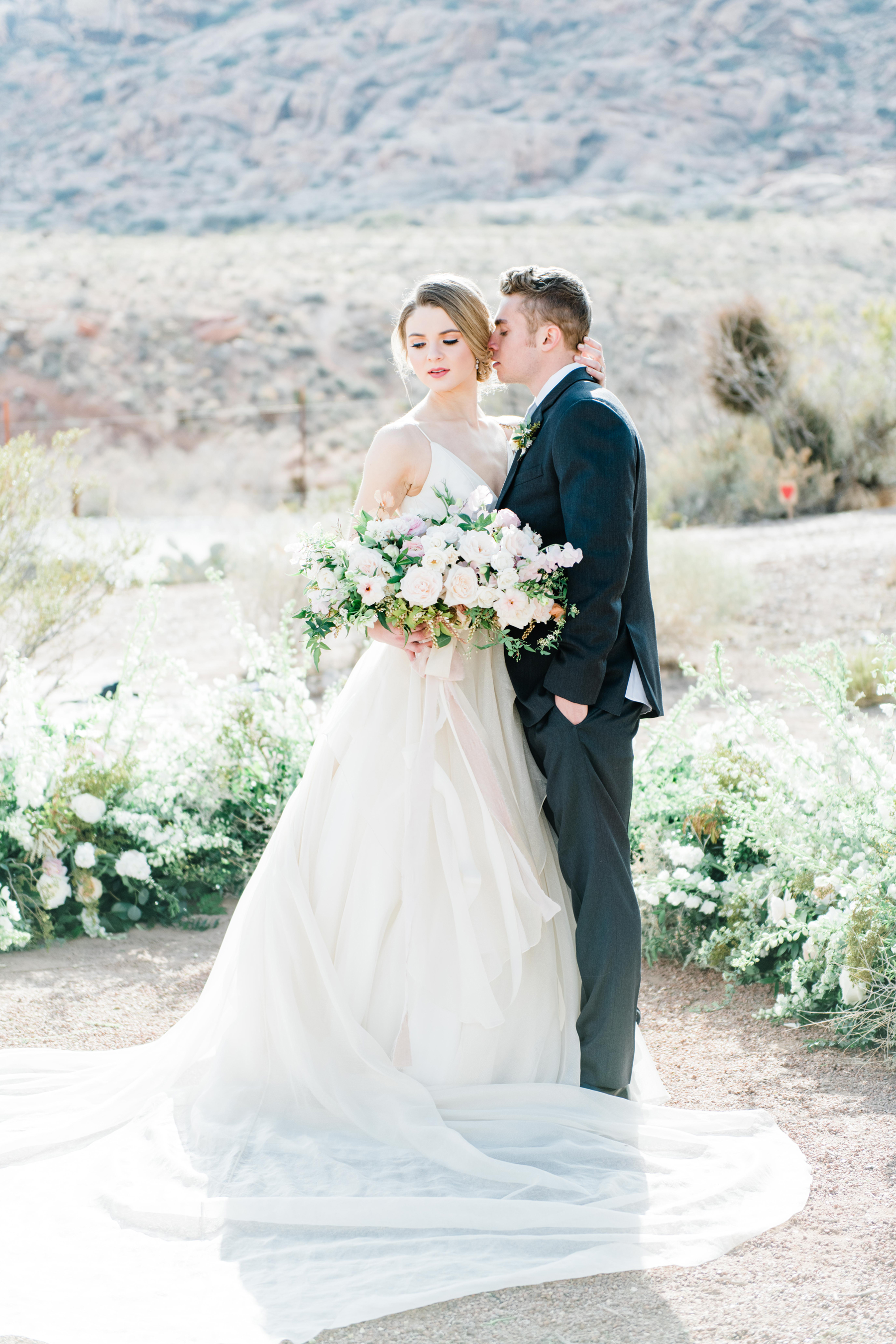 Elegant Desert Wedding Inspiration 1