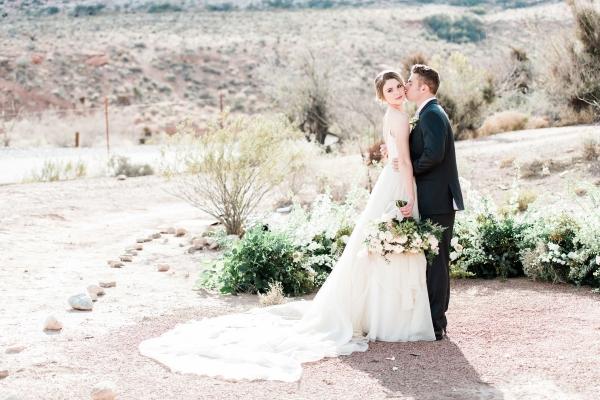 Elegant Desert Wedding Inspiration 3