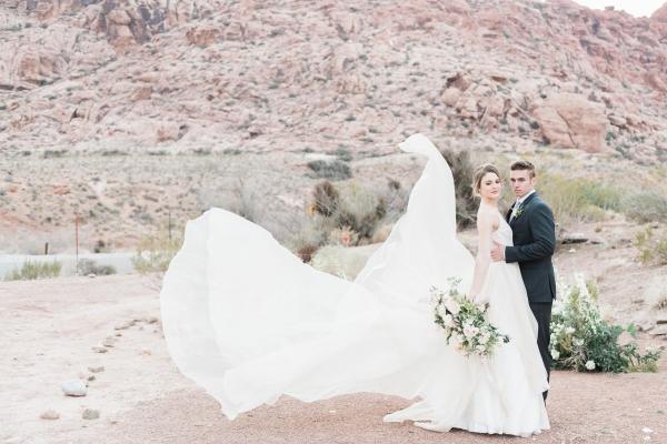Elegant Desert Wedding Inspiration 5