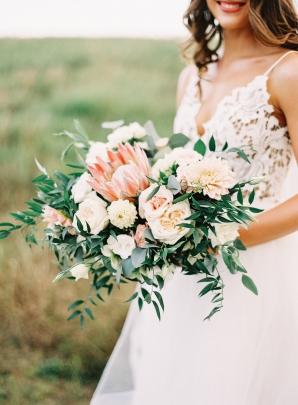 Elegant Peach Bridal Bouquet