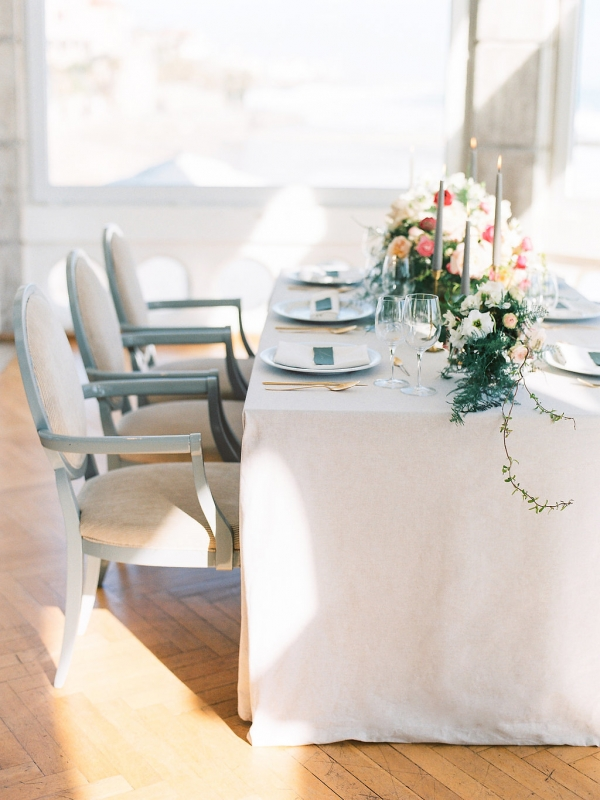 Gray and White Wedding Table