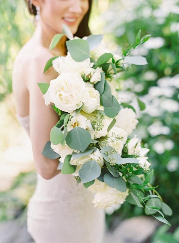 Romantic Ivory Bouquet