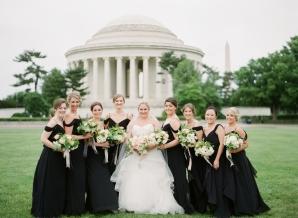 Bridesmaids at Jefferson Memorial