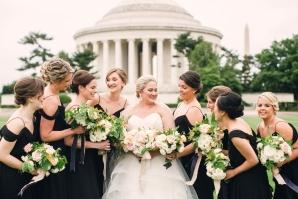 Bridesmaids in DC at Jefferson Memorial