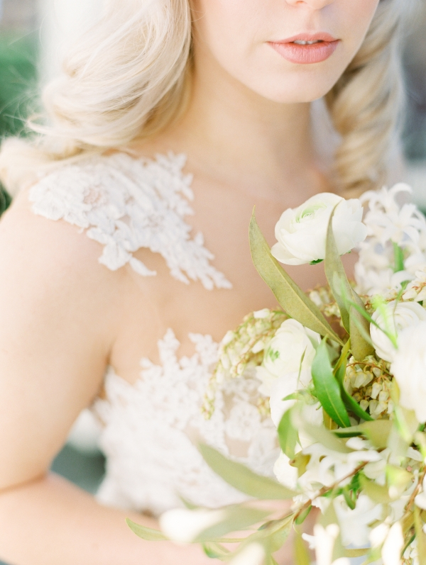 Classic Pronovias Wedding Dress