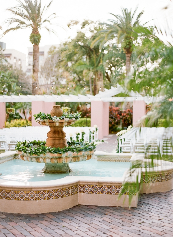 Elegant Fountain for Wedding