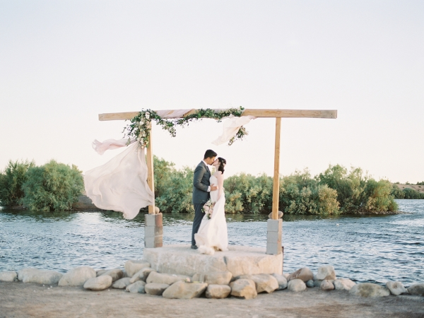 Hidden Lake Buckeye Arizona Wedding Inspiration 11