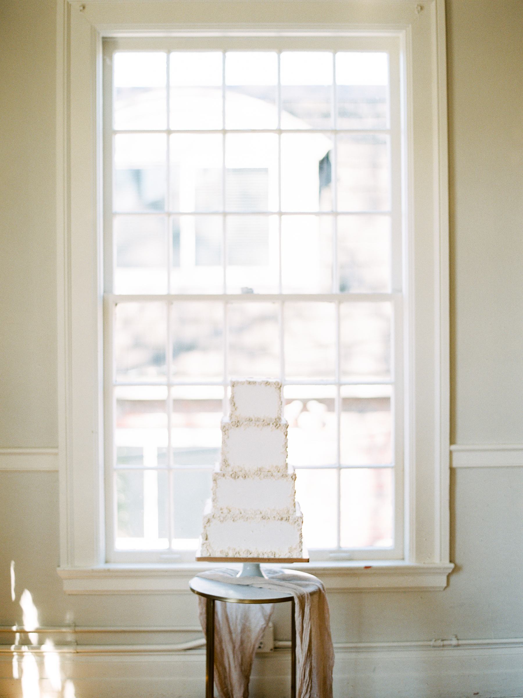 Modern Classic Square Wedding Cake