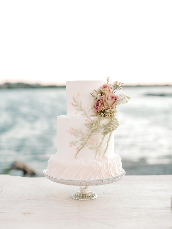 Wedding Cake with Seaside Theme