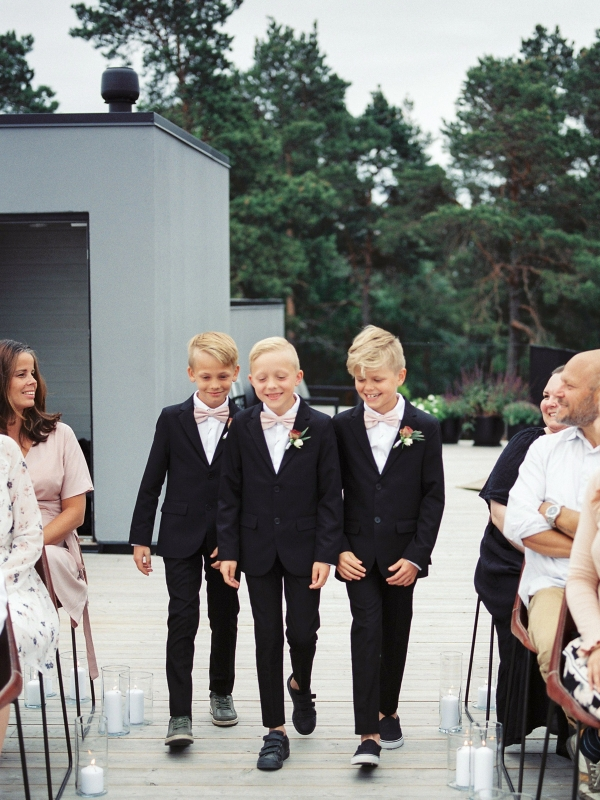 Bright and Warm Colored Wedding Inspiration in Sweden 2 Brides Photography11