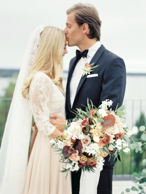 Bright and Warm Colored Wedding Inspiration in Sweden 2 Brides Photography13