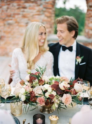 Bright and Warm Colored Wedding Inspiration in Sweden 2 Brides Photography53