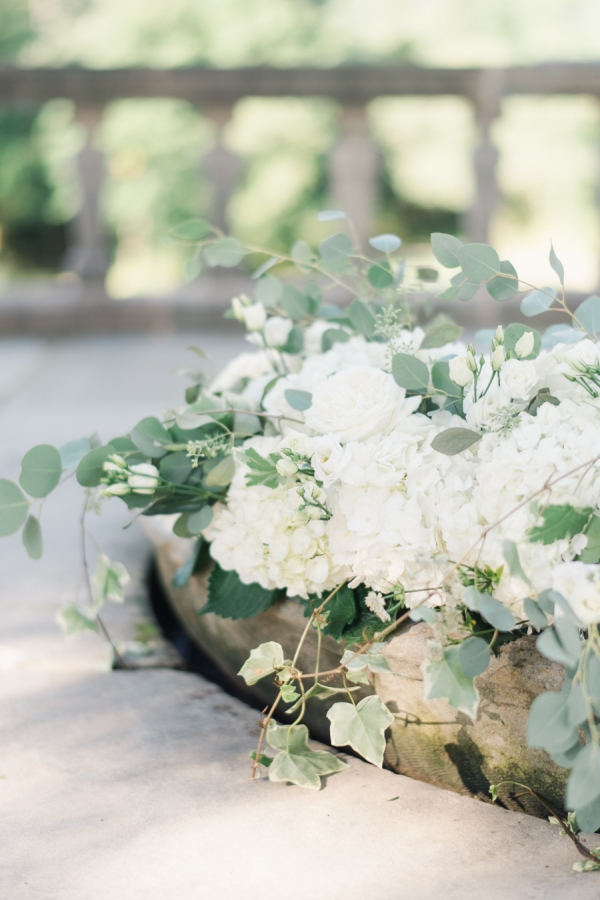 Charming Ohio Wedding at Historic Estate Renee Lemaire01