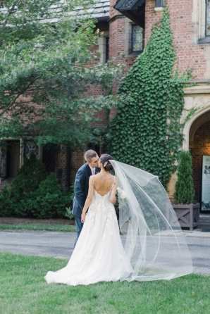 Charming Ohio Wedding at Historic Estate Renee Lemaire03
