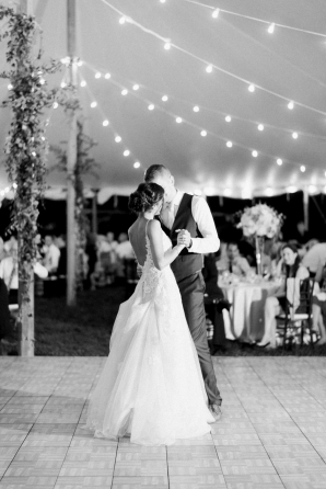 Charming Ohio Wedding at Historic Estate Renee Lemaire06
