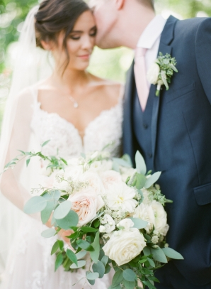 Charming Ohio Wedding at Historic Estate Renee Lemaire10