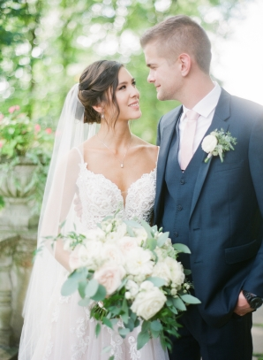Charming Ohio Wedding at Historic Estate Renee Lemaire12