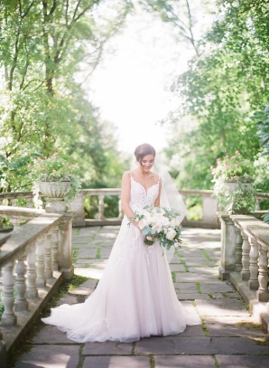 Charming Ohio Wedding at Historic Estate Renee Lemaire15