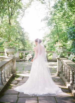 Charming Ohio Wedding at Historic Estate Renee Lemaire16
