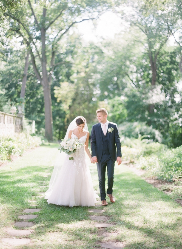 Charming Ohio Wedding at Historic Estate Renee Lemaire17