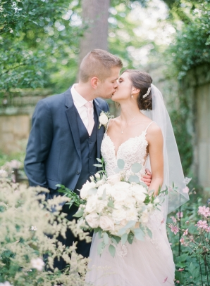 Charming Ohio Wedding at Historic Estate Renee Lemaire19