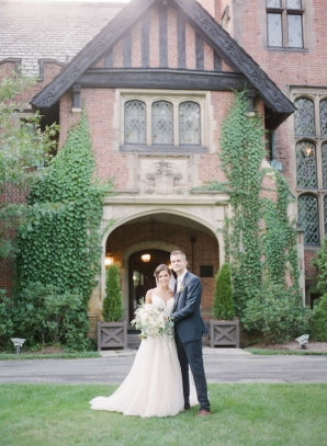 Charming Ohio Wedding at Historic Estate Renee Lemaire24