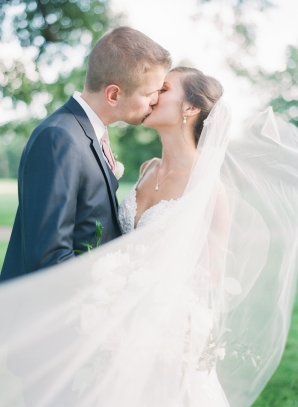 Charming Ohio Wedding at Historic Estate Renee Lemaire25