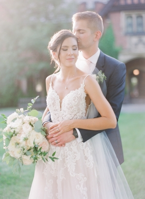 Charming Ohio Wedding at Historic Estate Renee Lemaire27