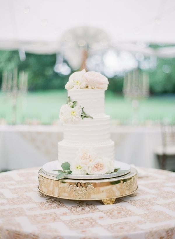 Charming Ohio Wedding at Historic Estate Renee Lemaire30