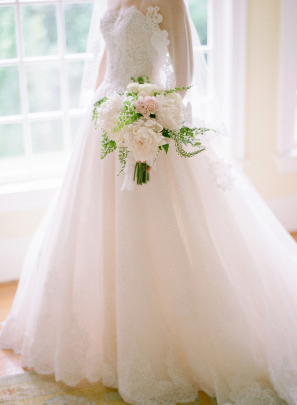 Classic Blush and Gold National Cathedral Wedding Audra Wrisley04