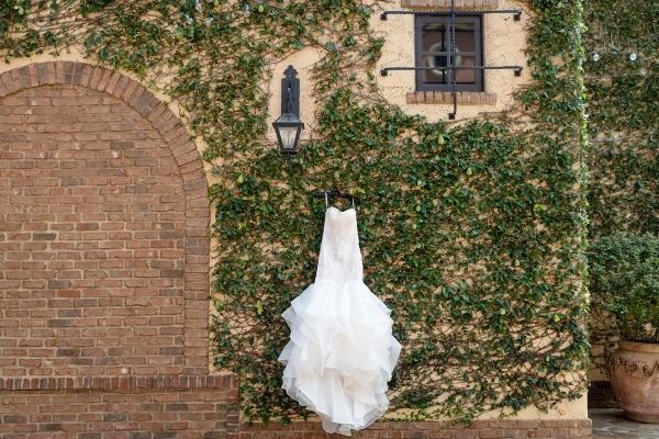 Classic White and Green Destination Wedding for Denver Couple Kristen Weaver01