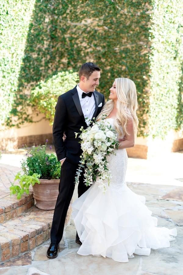 Classic White and Green Destination Wedding for Denver Couple Kristen Weaver15